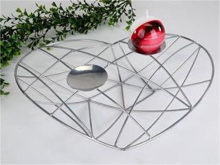 deko-herz-aus-eisen-in-silber-als-kerzenhalter-36-cm-2440266-1.jpg