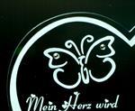 muttertag-herz-acrylplatte-beste-mama-herz-hergest-mit-swarovski-kristall-2046133-1.jpg