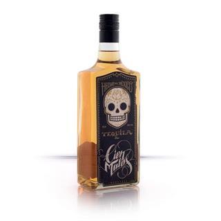 cien-malos-golden-tequila-2737135-1.jpg